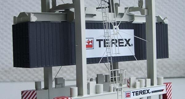 макет контейнерный транспортер TEREX