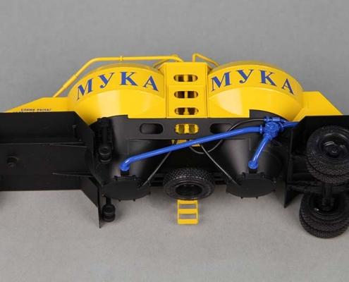 макет полуприцепа - муковоз К4АМГ